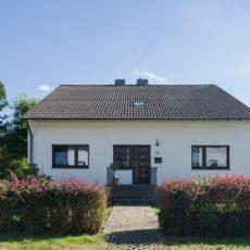 Eifel-Urlaub mit Familie + Freunden: großes Haus, Terrasse und Garten, traumhafte Lage