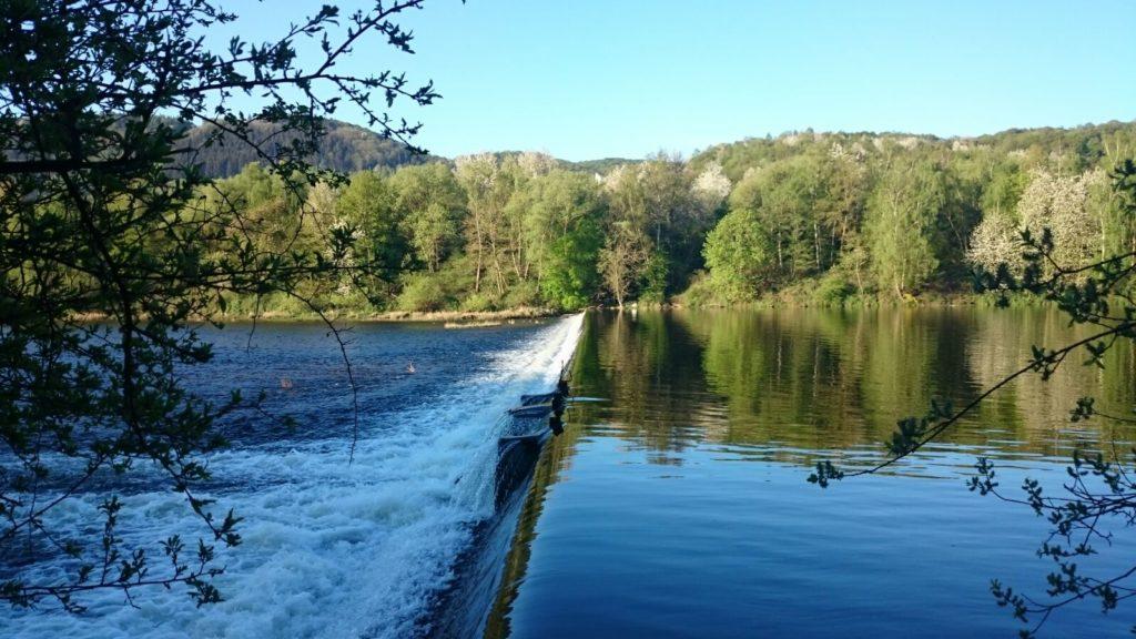 Überlauf im Tosbecken bei Hasenfeld vor der Flutkatastrophe