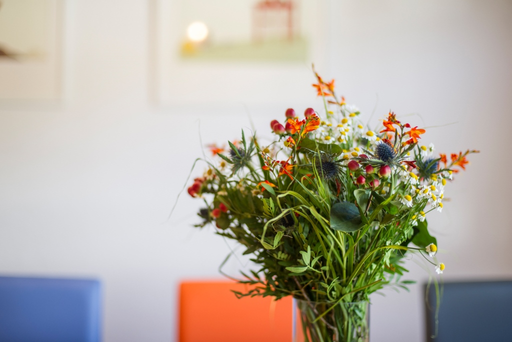Küche: Blumenschmuck