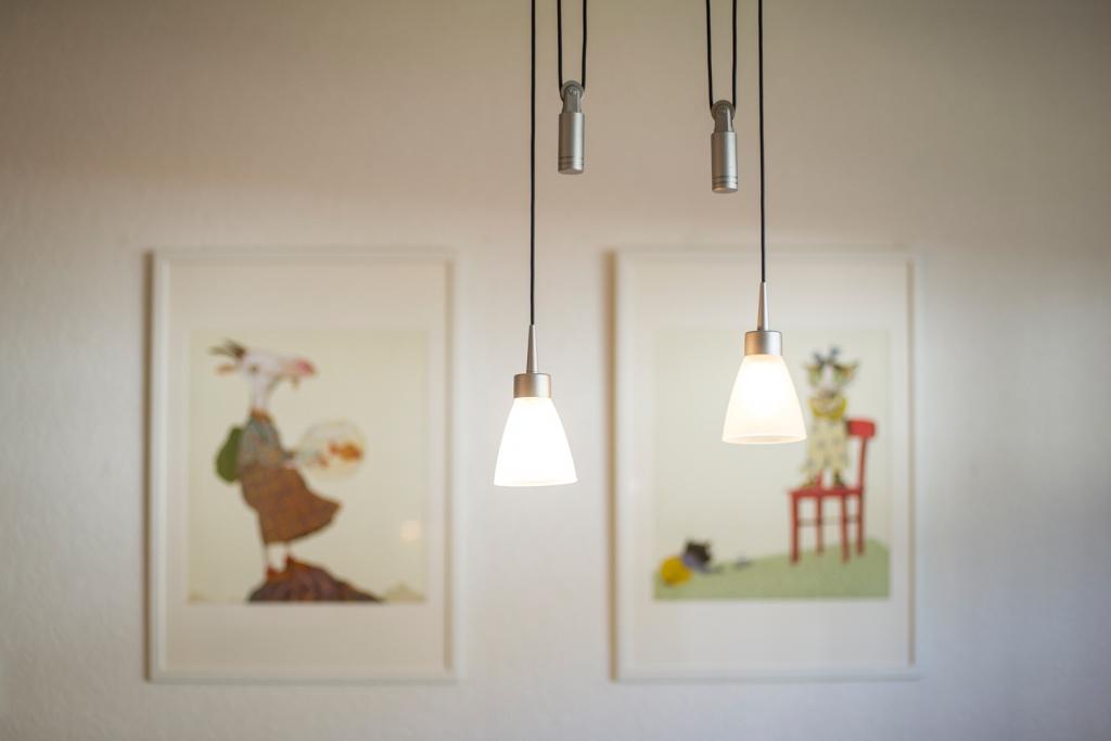 Küche: Lampe und Bilder
