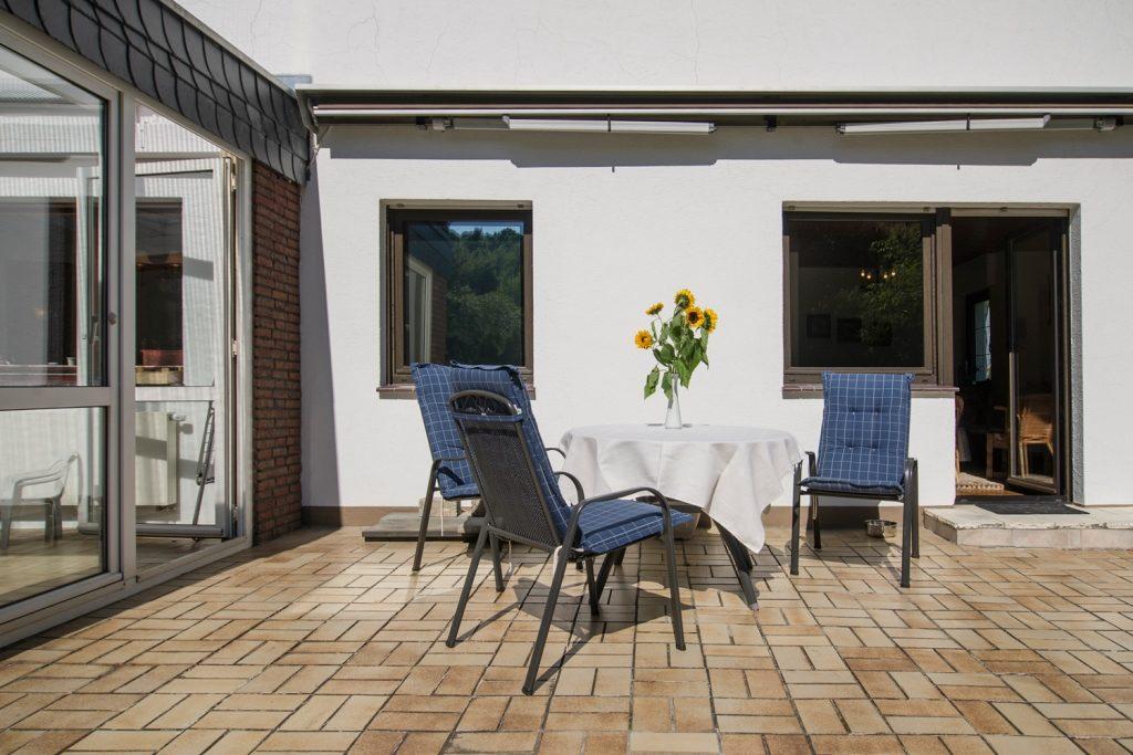 Terrasse und Wintergarten Ferienhaus-Faltmann