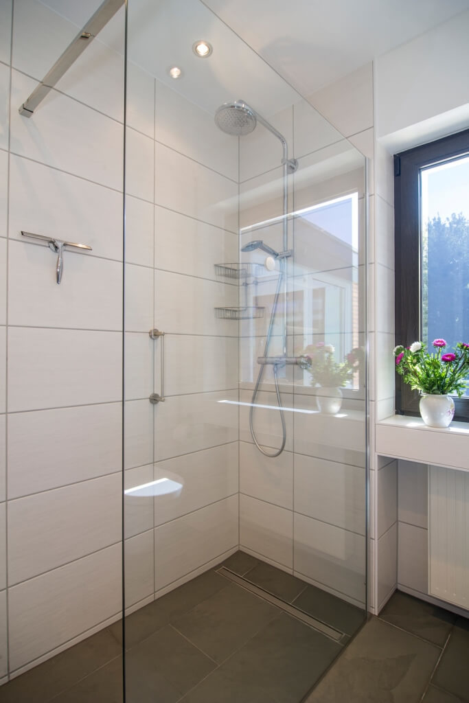 Dusche im EWrdgeschoss